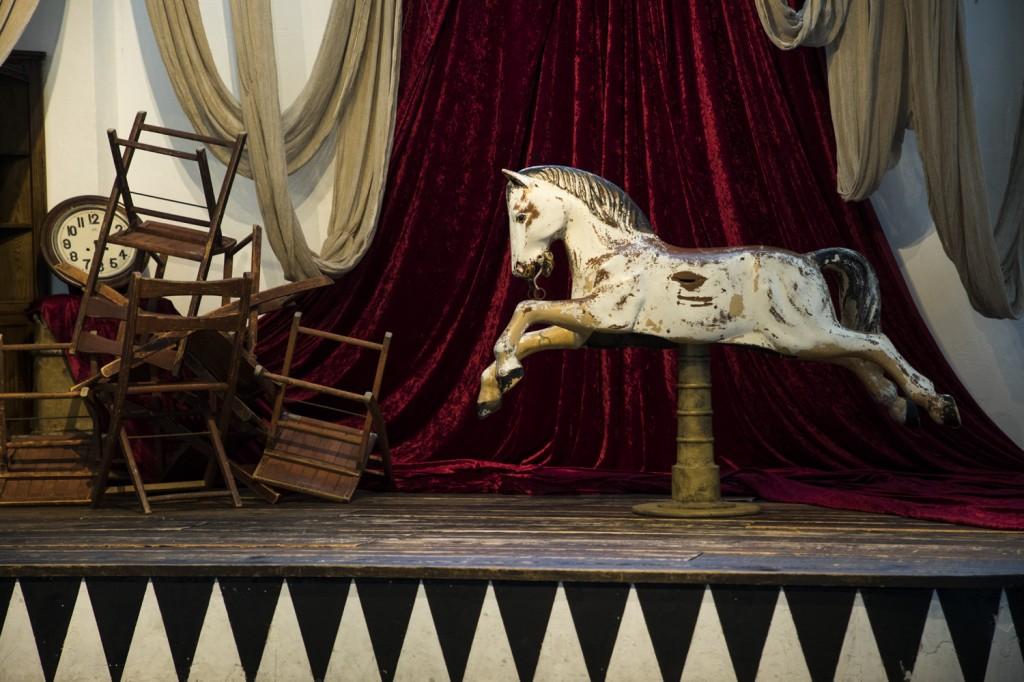 rocking_horse_01